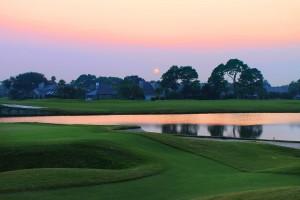 golf-course-644477_1920